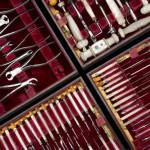 успешные врачи имеют собственный хирургический набор для имплантации, свои инструменты и наконечники